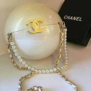Vip gift limited edition pearl bag ,cross body